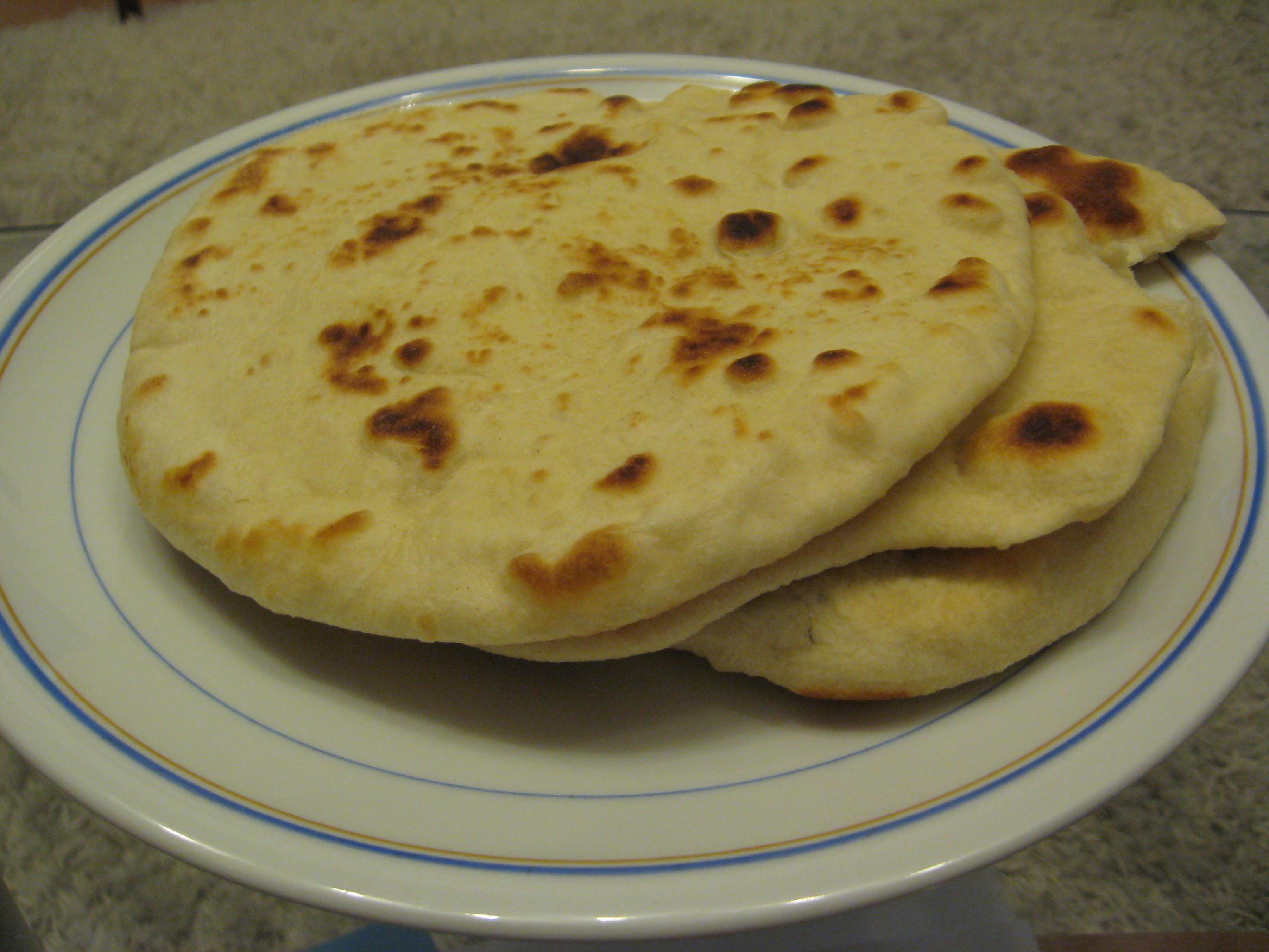 Indian Butter Chicken & Naan Bread